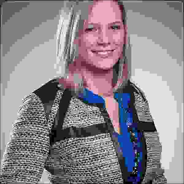 ماري بيث هايلاند، مؤسِّسة (SparkVision)