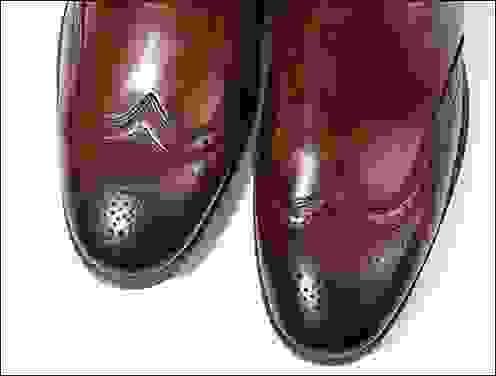 الحذاء المناسب في العمل