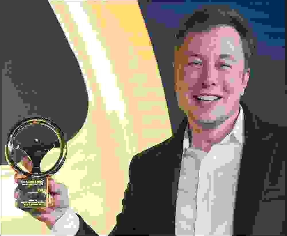 بعض الجوائز التي نالها إيلون ماسك