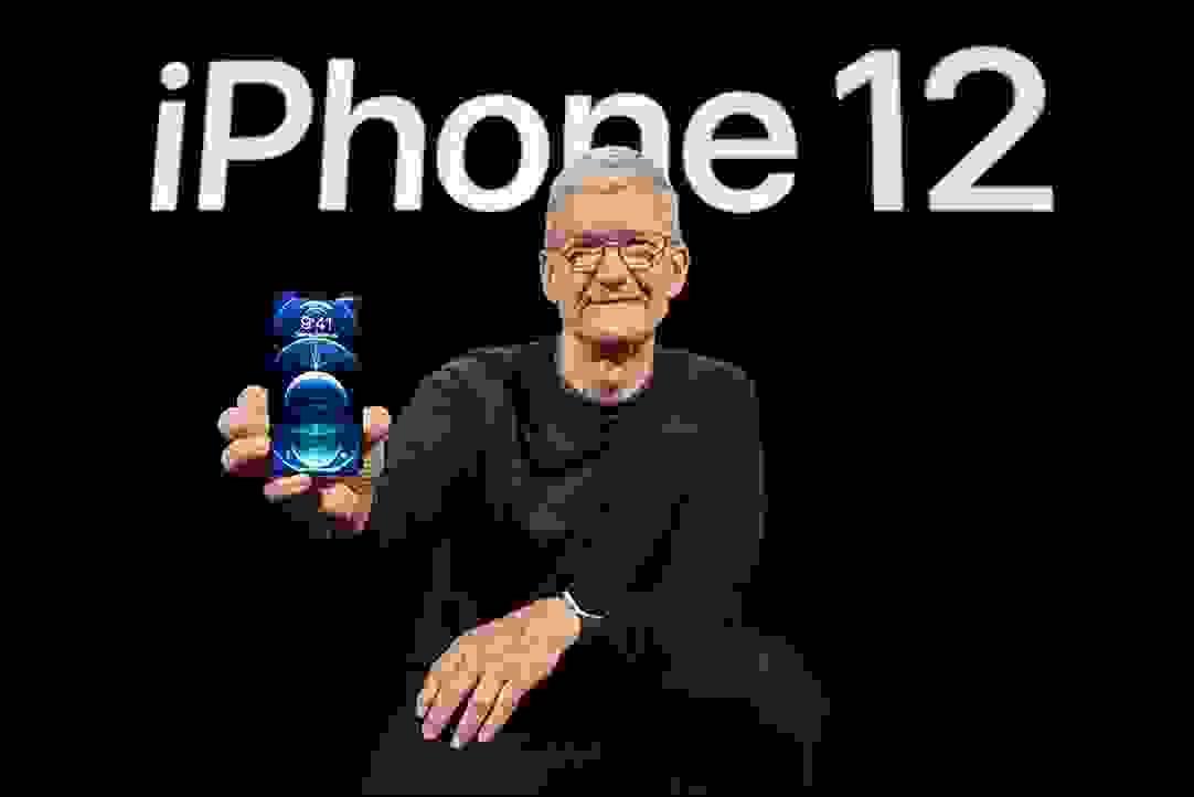 تيم كوك يحمل هاتف أيفون 12
