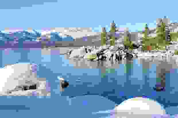 2- بحيرة تاهو في كاليفورنيا في الولايات المتحدة الأمريكية: